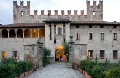 cooking session at the castle in italy - rareitaly